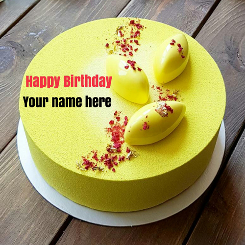 Yummy Pineapple Birthday Cake With Name For Mom